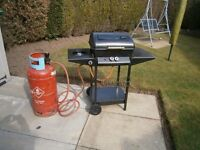 Landmann sideburner and 2 Burner Gas BBQ Barbecue with Lava Rock