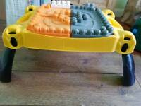 Jcb mega blocks table