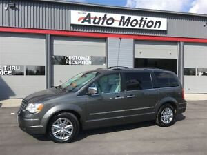 2010 Chrysler Town & Country LIMITED LOADED w/DVD