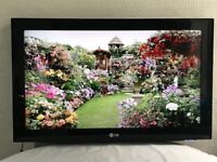LG 42 inch slim full HD LCD TV Built in Freeview, USB, no stand, wall mount, great condition