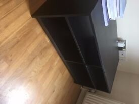 Black Table stand in Excelling condition! Fits in Uber XL