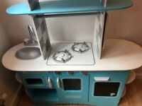 ELC diner, kids wooden toy kitchen with play food, shopping baskets and accessories