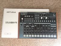 ARTURIA DRUMBRUTE (DRUM MACHINE) NEW