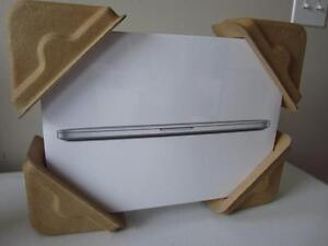 Apple MacBook Pro 15.4 Quad-Core Intel Core i7 2.2GHz Laptop With Retina Display