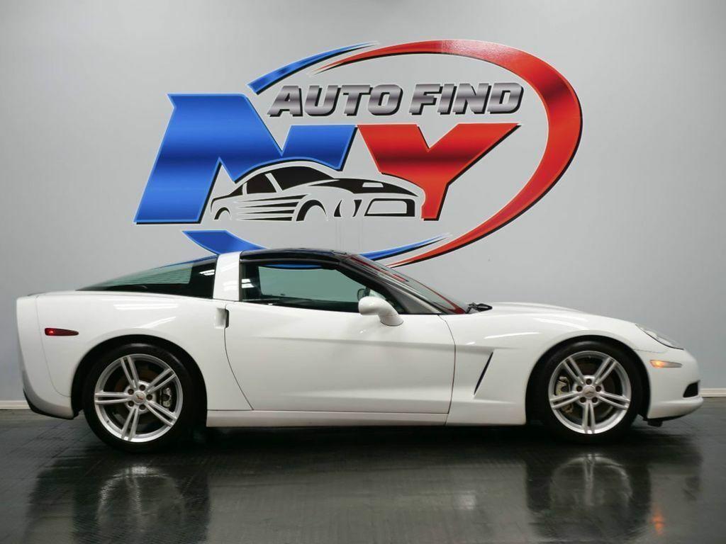 2005 White Chevrolet Corvette   | C6 Corvette Photo 7