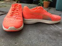 Women's Puma Ignite trainers. In very good condition. UK size 6
