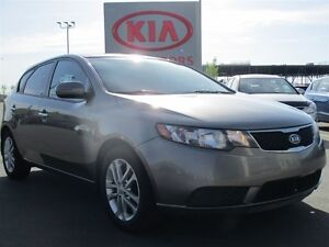 2012 Kia Forte5 EX Auto, heated seats, sunroof, bluetooth ONLY $