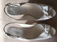 Faith Ladies white Sandals 4