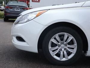 2013 Hyundai Sonata GL | NO ACCIDENTS | HEATED SEATS & BLUETOOTH Stratford Kitchener Area image 15