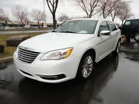2012 Chrysler 200 Limited*ROOF*LEATHER*2.4L