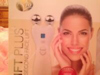 Rio 60 Second Face Lift Facial Toner - reduces the appearance of wrinkles and rejuvenates the skin