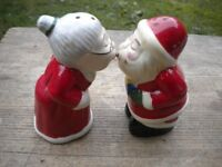 A MR AND MRS CHRISTMAS SALT AND PEPPER SET