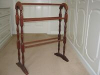 Wooden Style Floor standing Bathroom Towel Rail/ Dryer