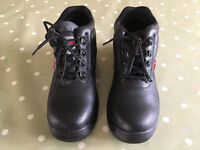 Boots BKS size 7