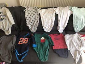 Bundle of baby boy body vest all from GAP And H&M in very good condition 18-24 month 1.5-2