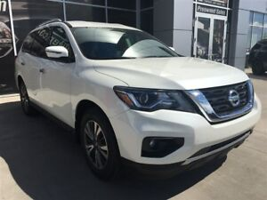 2018 Nissan Pathfinder SV | AWD | Remote Start | Cloth | Bluetoo