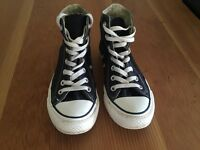 Converse high tops navy size 4