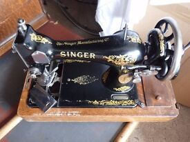 Beautiful 1910 Singer sewing machine