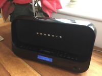 Grundig DAB Radio docking station for iPhone