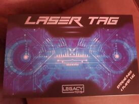 Collectible Laser Tag Game Set Extreme. 4 blasters, storage case, various game modes like new