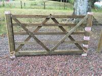 Seven foot (7ft) wooden farm gate diamond brace five (5) bar wood