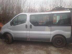 Breaking Vivaro Minibus