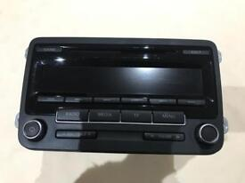 Vw radio rcd310 in mint condition with code