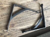 Cast iron brackets
