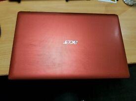 Acer Aspire 5742 - 320gb HDD- 3gb ram windows 7 Red Laptop