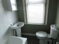 ONE BEDROOM FURNISHED FLAT TO LET £600
