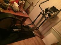 Life fitness cross trainer modelx1
