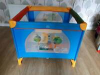 Play pen/ travel cot