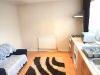 One Bedroom Stunning Flat, All Bills Inclusive! Hayes End/Uxbridge - UB8!