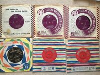 Selection of 50s - 70s 7 inch vinyl; - great condition - free case!