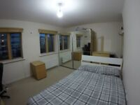 4 Bedroom House, Students Welcome NO AGENT FEES (Caledonian Road Tube)