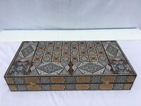 Reduced: Collector's item: backgammon box and tiles, beautifully inlaid with mother-of-pearl