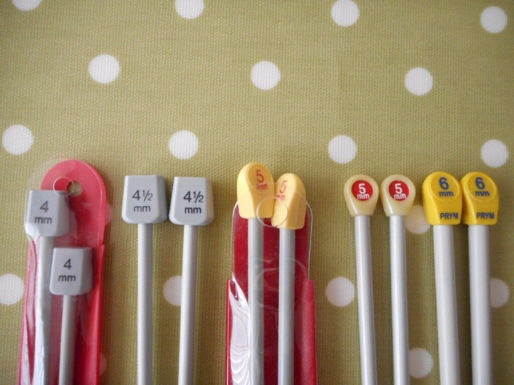 Five Pairs of Knitting Needles Various Sizes all in VGC - cash on collection from Gosport Hampshire