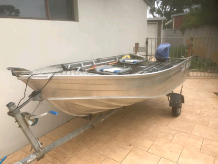 Mako Craft High Side Dinghy