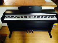 Yamaha YDP 141 digital piano with weighted keys - Mint Condition