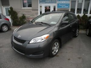 2010 Toyota Matrix Base 1.8 fiable
