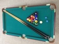 Table top pool table, very good condition