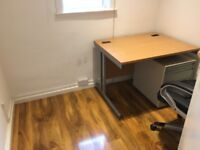 single office room to let @ E2 6AH all bills inclusive cheapest rent for close to city available now