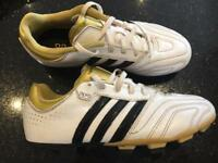 Football boots UK size 3 Adidas 11questra
