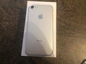 I phone 7 silver 32gb