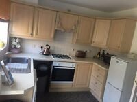 Kitchen for Sale (Inc Units, Doors, Worktop, Cooker, Hob, Extractor, Sink and Tap) NEED GONE ASAP