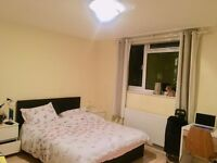 Amazing Big Double Ensuite in a 4 Bedroom Flat 3 Minutes from East Putney Tube Station