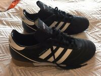Adidas Kaiser 5 Goal Men's trainers - size 10.5