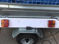 Light board trailer board towing