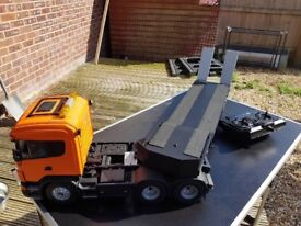 RC Truck and trailer for sale come with sound unit fully working.