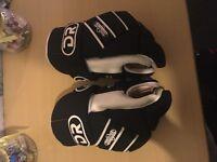 "Dr 13"" ice hockey gloves"